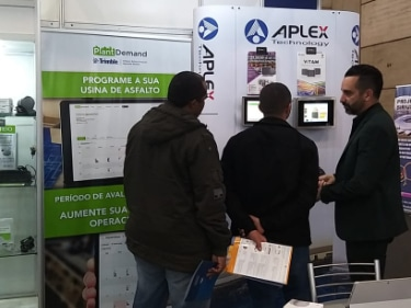 We aimed to make our booth as interactive as possible, with touch screen monitors on display by Aplex.